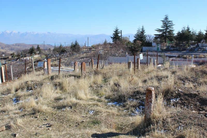 harput-meteris-mezarlik-alani (6)